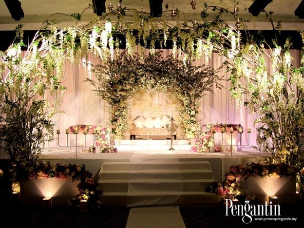 Bunga-bungaan Latari Singgahsana Fairytale