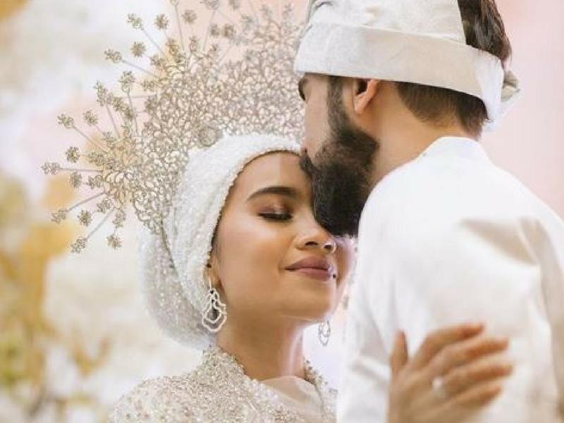 8 Tip Perlu Anda Ikut Kalau Nak Baju Kahwin Cantik & Up-To-Date!