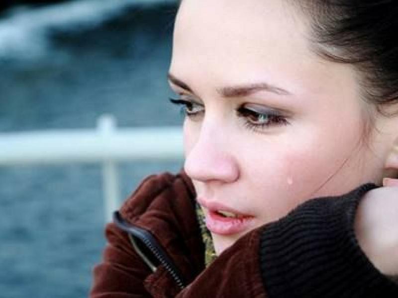 Hati Wanita Rapuh,  Lelaki Perlu Tahu & Prihatin Dalam Menjaga Perasaan Mereka