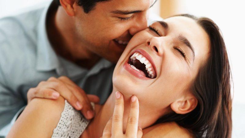 8 Cara Ini Berkesan Buat Si Dia Jatuh Cinta Dalam Sekelip Mata, Anda Wajib Cuba!