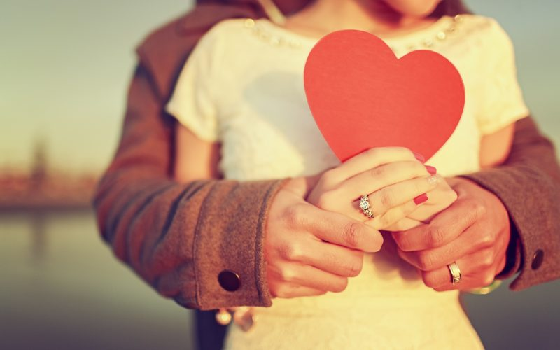 Studi Ungkap Sebenarnya Tak Ada Jatuh Cinta pada Pandangan Pertama