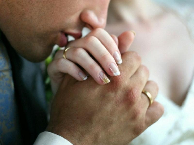 Amalkan Ini! Doa Sebelum 'Bersama' Dengan Pasangan