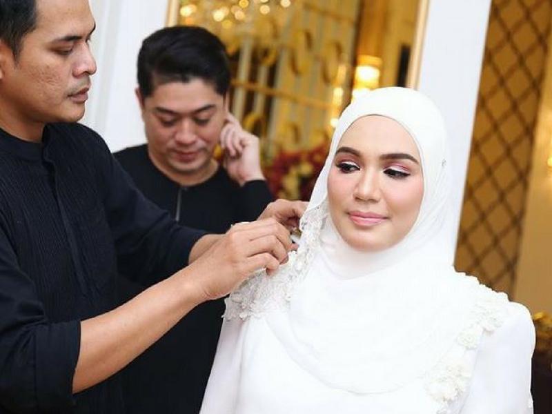 Sambut Majlis Akikah Tapi Penampilan Datin Shahida Macam Pengantin