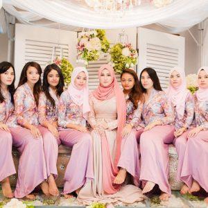 24 Pilihan Warna Baju Bridesmaid Yang Confirm Korang Suka Pesona