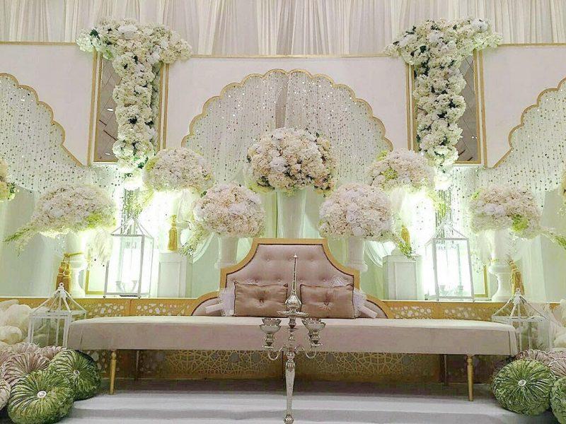 Ari WeddingCouture Pakar Dalam Rekaan Pelamin, Baju Pengantin, Gubahan Hantaran & Dekorasi Majlis